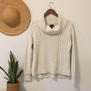 American Eagle Cowl Neck Sweater Chunky Knit Sweater Size Medium Colour Cream
